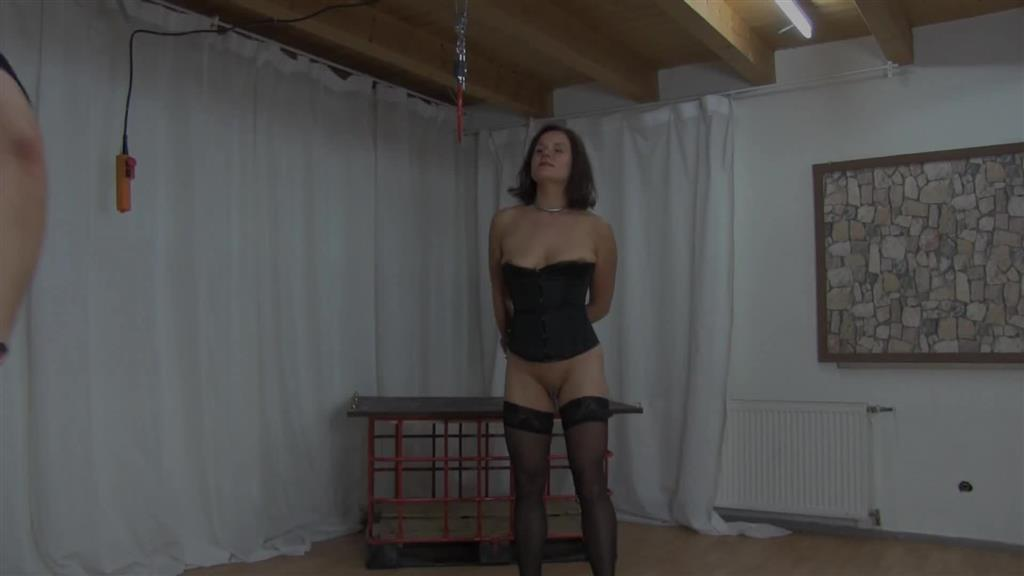 Roter Arsch - Whipped by Yvette