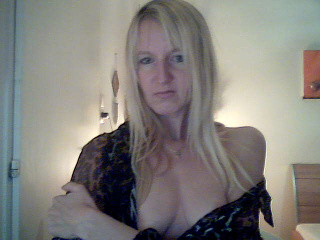 camgirl picture of Lizzy36