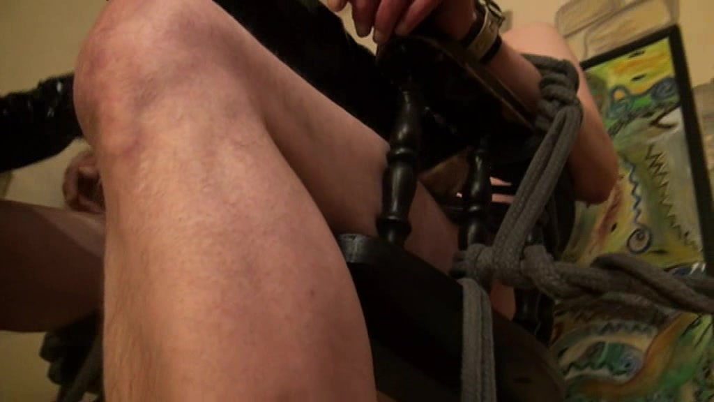 SPANKED AND FEET JERK OFF TEIL 3