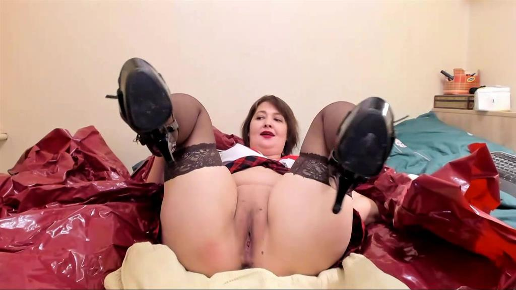 Piss all over me anal and dp