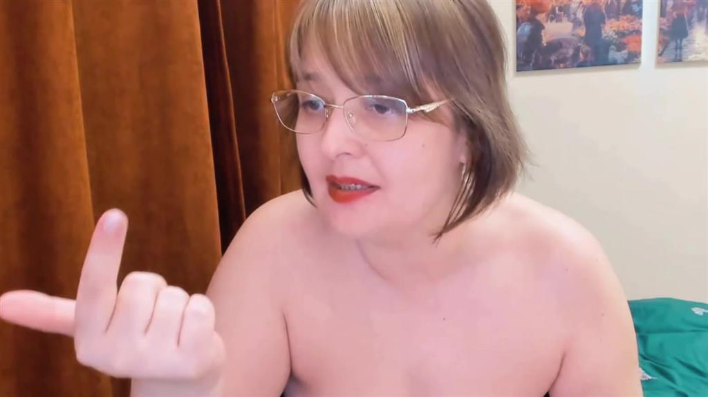 SPH Mistress laugh to slaves cock