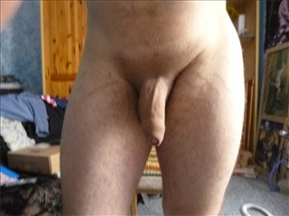 camgirl picture of HornyStranger