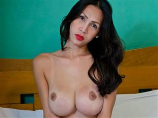 camgirl picture of RedGoddess22