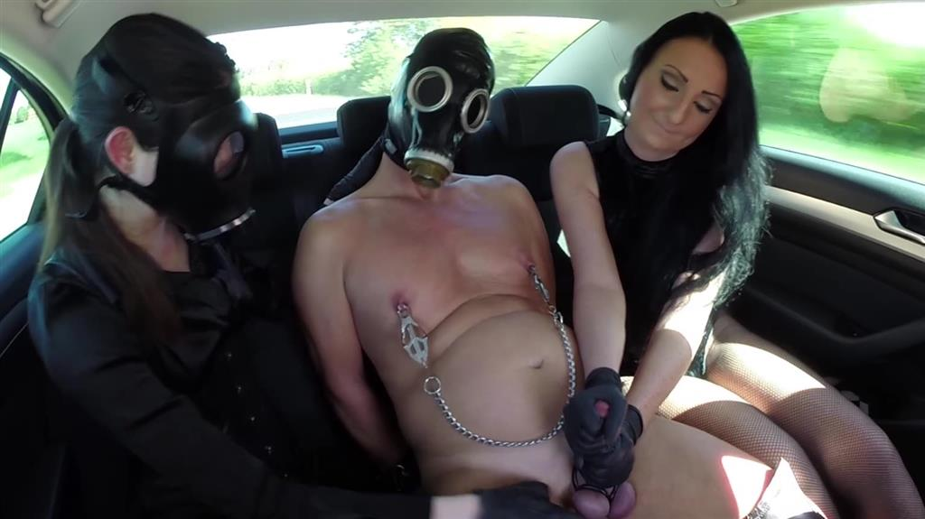 Kinkyplay in the Car