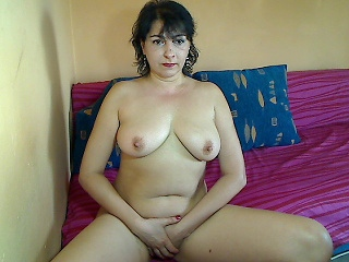 Bitcoin camgirl profile picture of LisaSexx