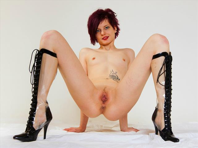 Bitcoin camgirl profile picture of Alicia Miller