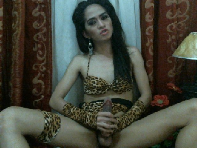 Bitcoin camgirl profile picture of NaughtyButterfly