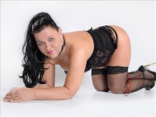 camgirl picture of XXX-Merci