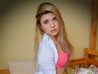 camgirl picture of AnnaTrans