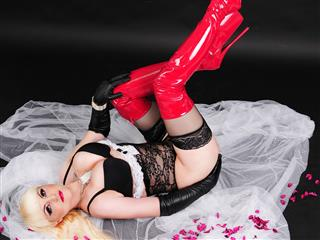camgirl picture of MistressDesire