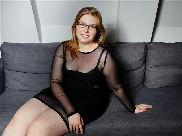 Bitcoin camgirl profile picture of KatrinKiss