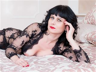 camgirl picture of Evelinax1