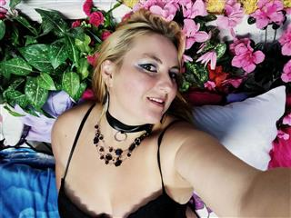 camgirl picture of DirtyAstrid