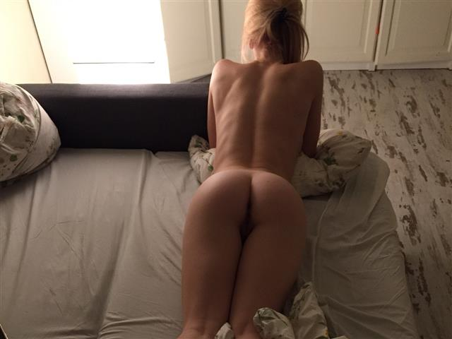Bitcoin camgirl profile picture of JessieXXXLove