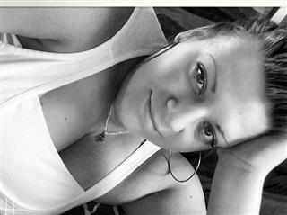 camgirl picture of CupCakeSweety86