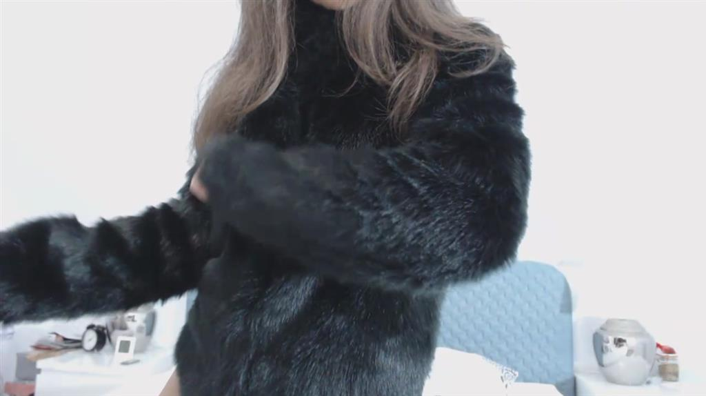 fur coat and sunglasses makes you horny and weak