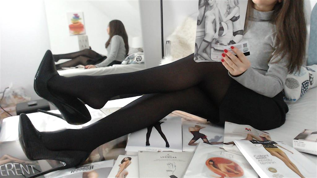 Nylons relapse for my shiny wolford 40 den