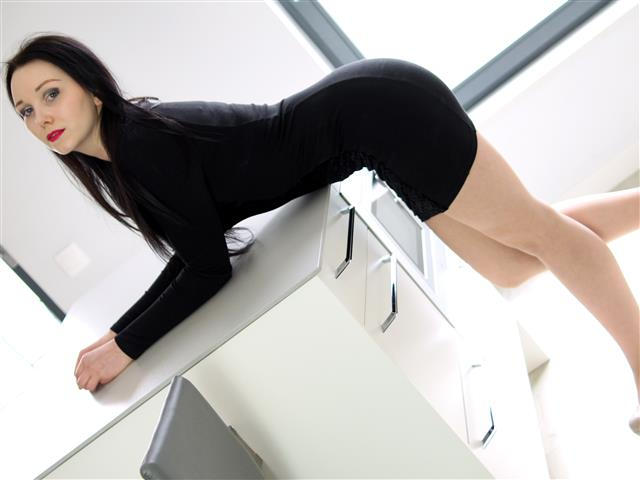 Bitcoin camgirl profile picture of zoeSEXY1