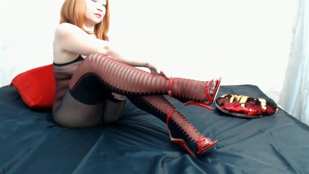 Pussy fuck with high heel