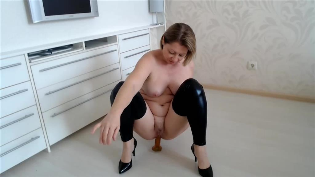 Hot anal riding