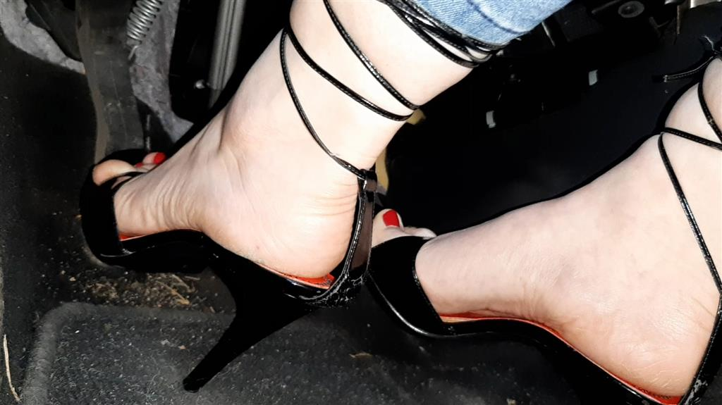Sexy Pedal Pumping